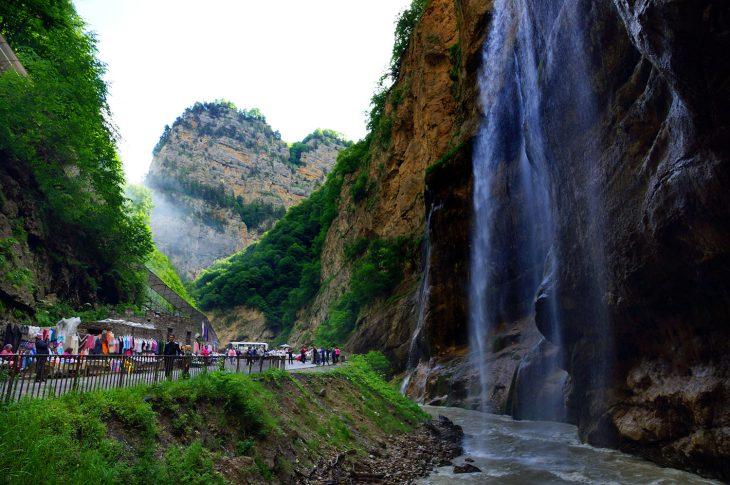 Чегемские водопады: удивительная природа Кабардино-Балкарии