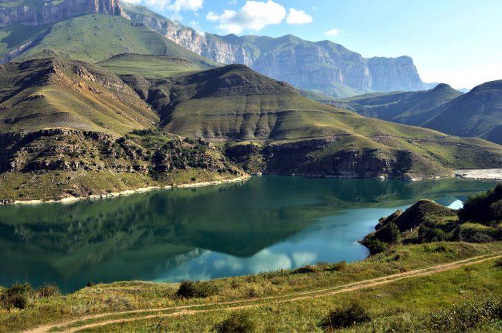 Джип-тур на Эльбрус и озёра Гижгит